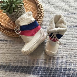 Other - Vintage 80's baby white color Block snow boots 6